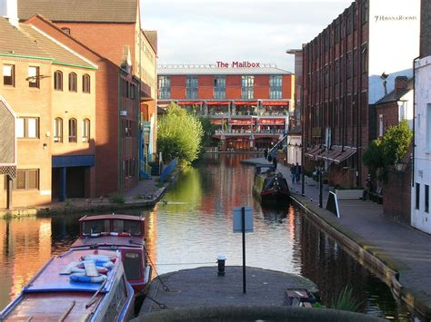 Worcester and Birmingham Canal - Wikipedia
