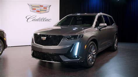 2020 Cadillac XT6 gets unwrapped before the Detroit Auto